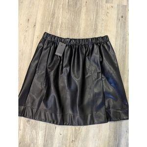 8d0823bfb10 Eloquii Skirts - ELOQUII x Katie Sturino Mini Skater Skirt Black